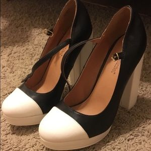 JustFab Black and white heels